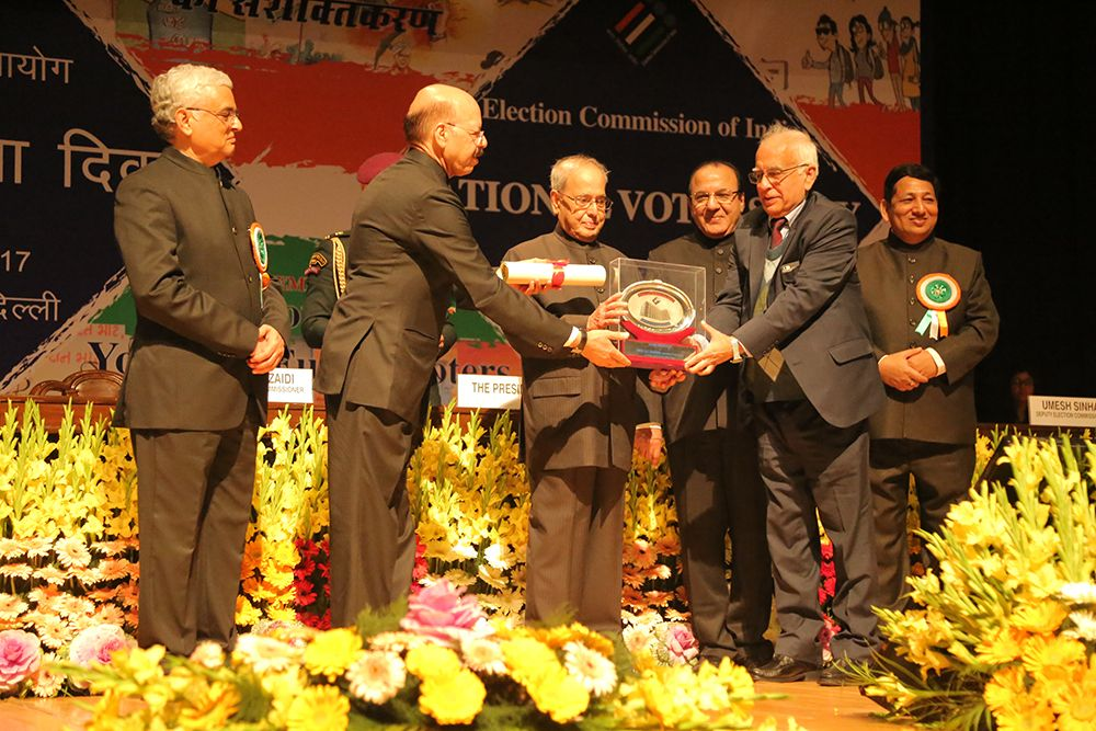 Hon'ble President of India awards Prof. D.T. Shahani