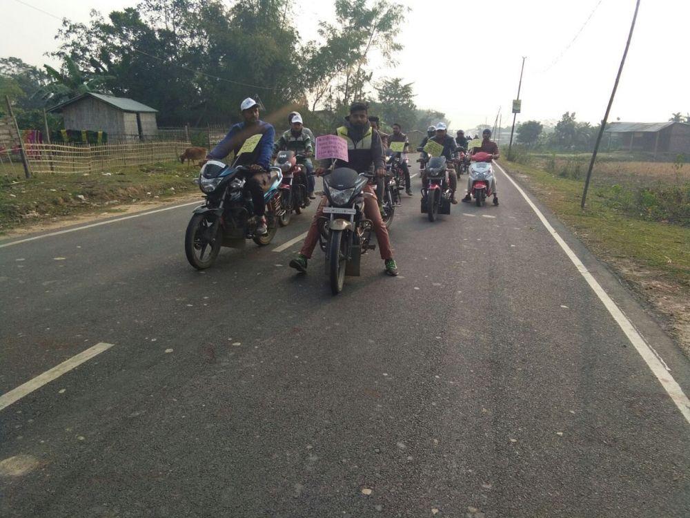 motor cycle rally.jpg