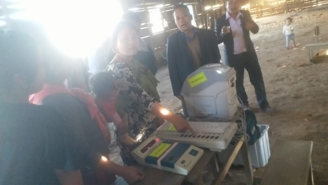 EVM and VVPAT Familiarization at 42AC(ST) under SVEEP programme for EVM and VVPAT (7)