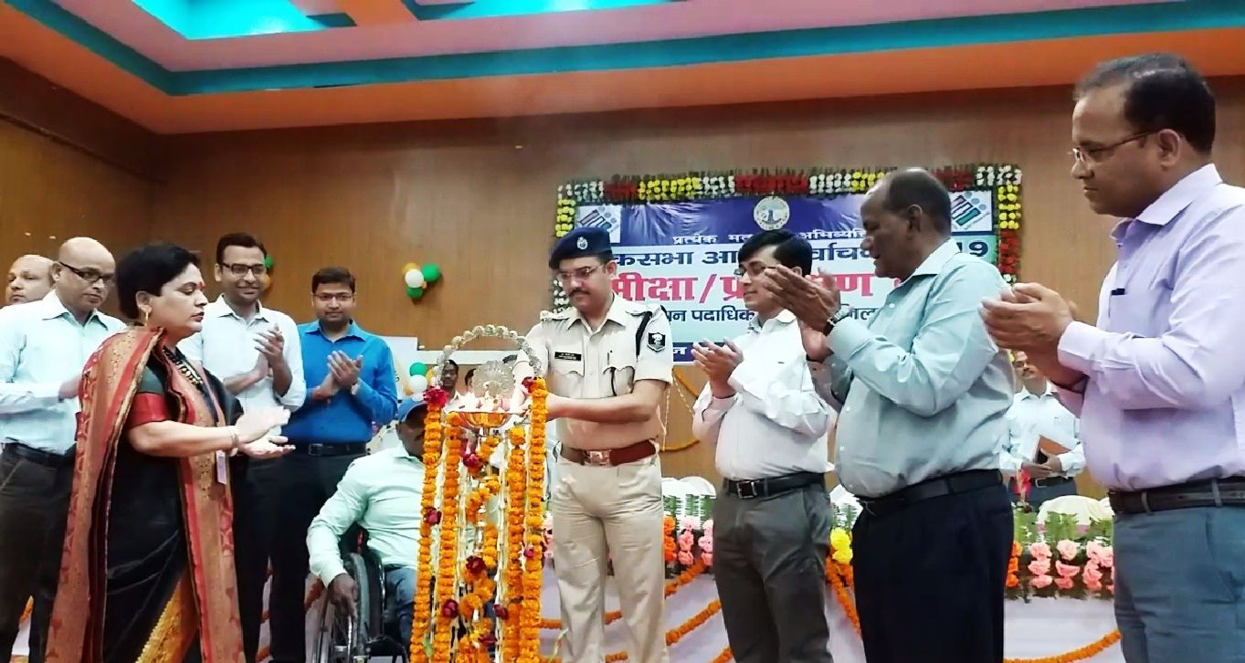 On the inauguration of SVEEP activities SP sir is lighting the lamp.