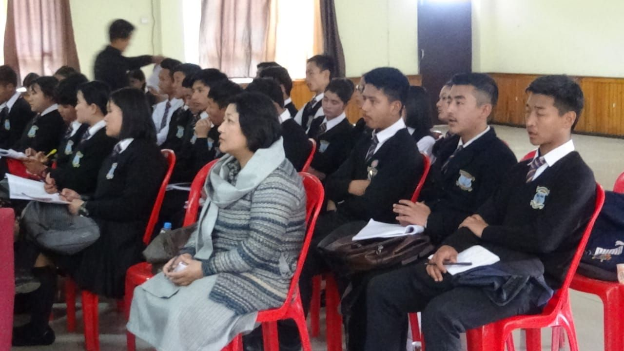 Training of volunteers (3).jpg