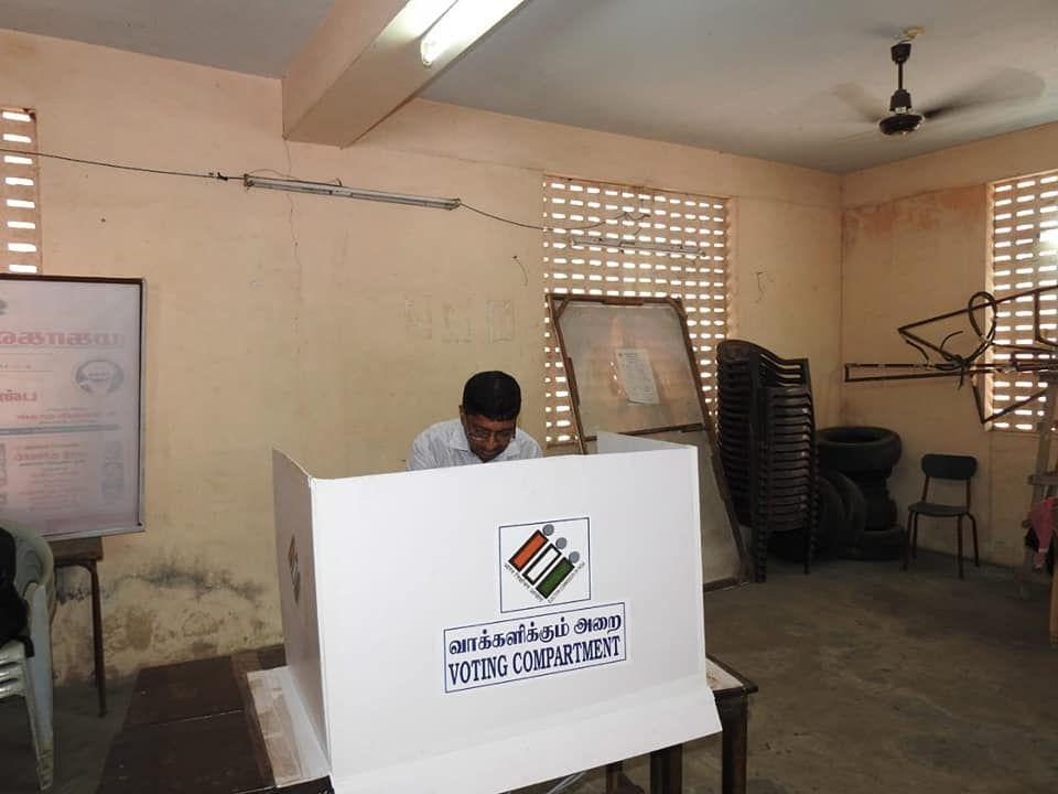 State Nodal Officer - SVEEP Casts his vote at Kamaraj Nagar Constituency 5