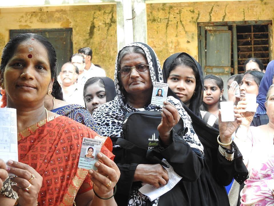Snapshots of Polling at Thattanchavady Constituency-2, Pondicherry  7.jpg