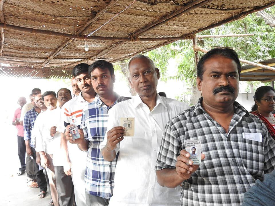 Snapshots of Polling at Thattanchavady Constituency, Pondicherry.jpg