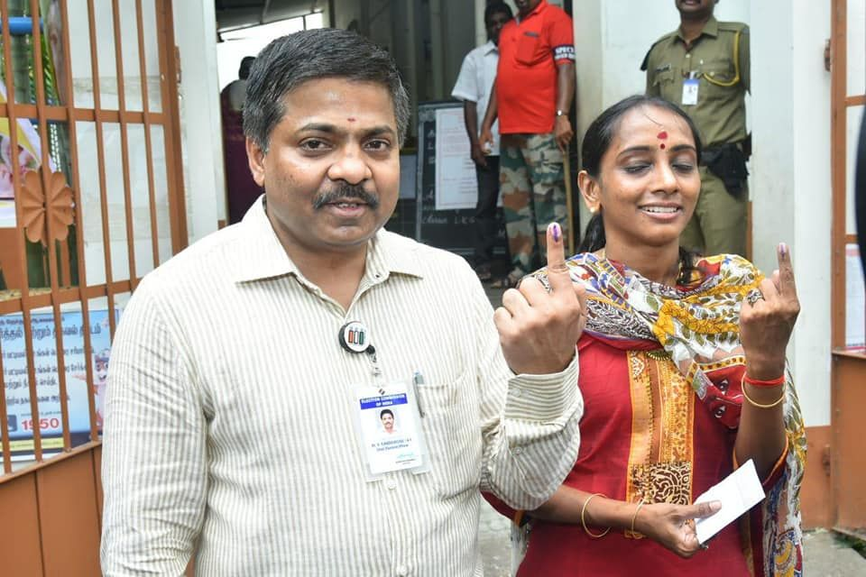 1- Chief Electoral Officer casting his vote.jpg
