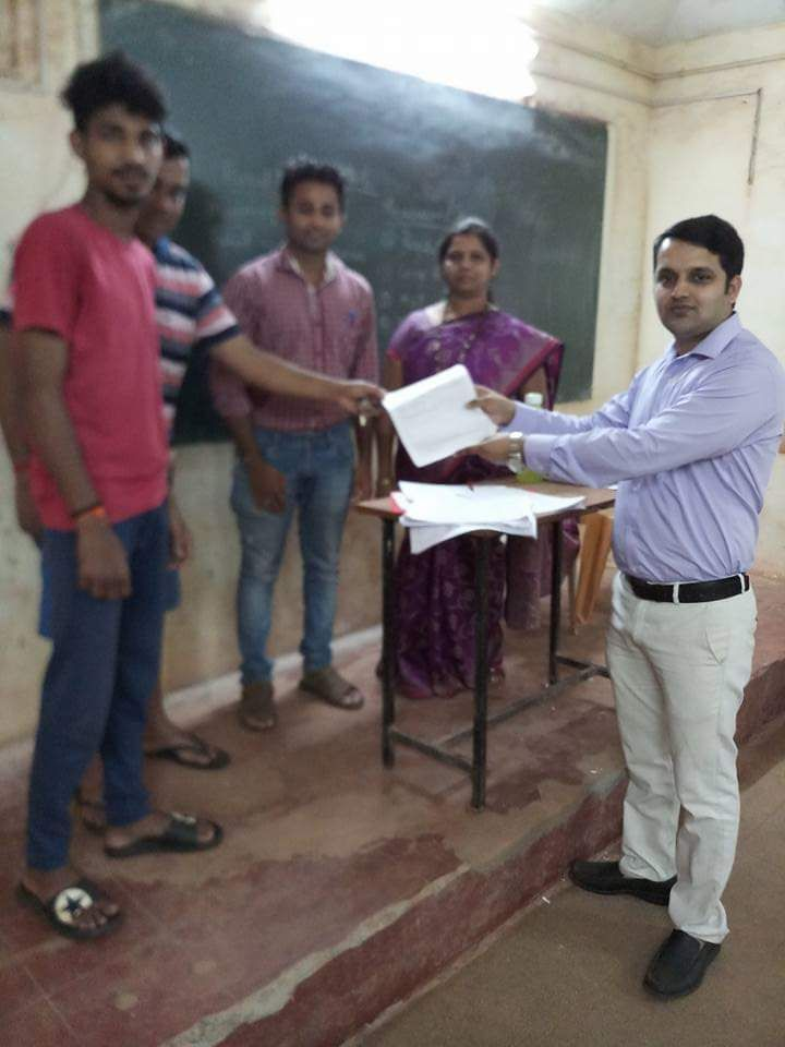Special Campaign Day in respect of Special Summary Revision of electoral Roll on 09/09/2018 on (Sunday) , Blo's were receiving the forms on their respective booths at 03-Bicholim A.C.